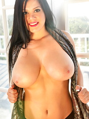 Satinee  always shines and has been a perpetual winner in our book,  especially with those absolutely awesome all-natural big tits of her's, and of course that  sultry smile and those ever charming eyes.   of course, we would be remiss if we didn't menti