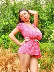 Kay Loove poses in pinup attire
