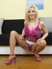Hot and naughty housewife getting frisky