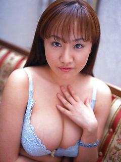 Free Juggs Photos Ayami Sakurai