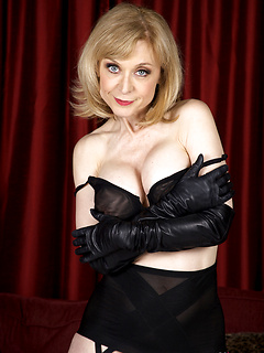Free Juggs Photos Nina Hartley